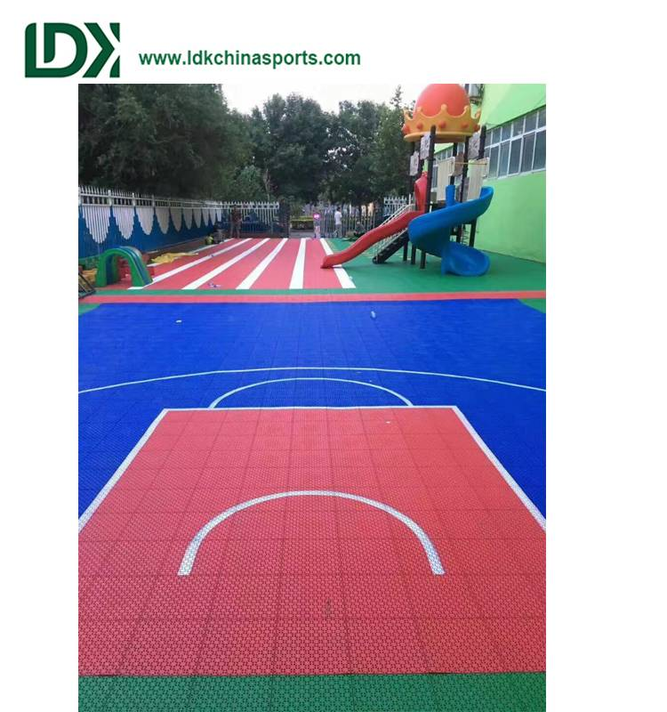 Plastic basketball floor is cheap