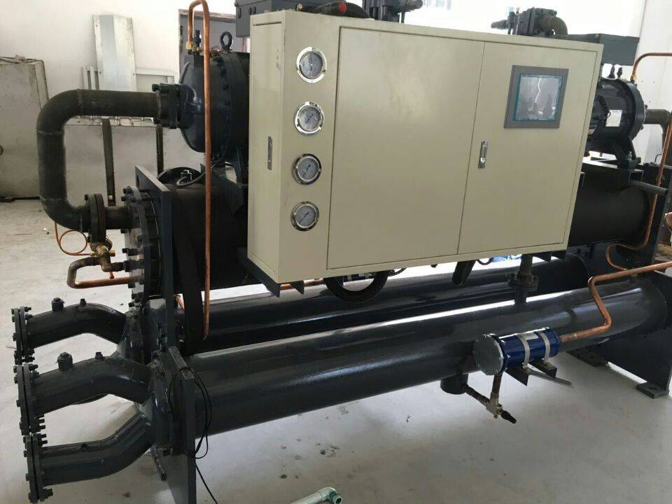 Best sales 180HP PLC controlled double hanbell screw compressor water chiller for Welding machines