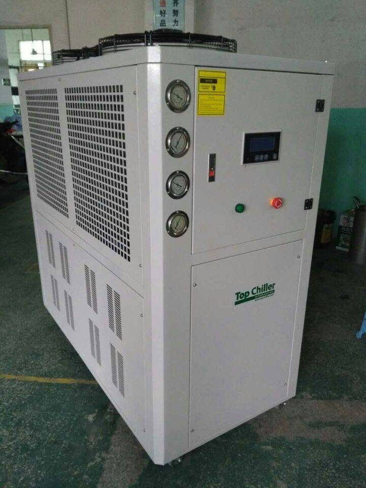 polyurethane foam industry water cooled chiller with 12KW heating capacity