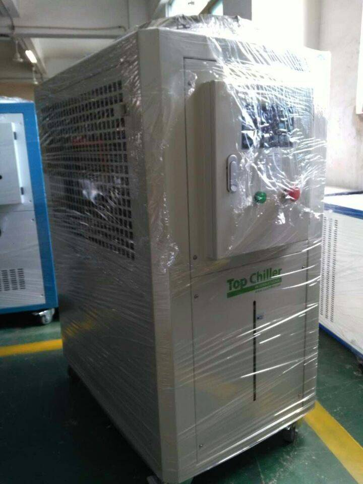 24KW heating use water cooled industry chiller used in Polyurethane thermal insulation