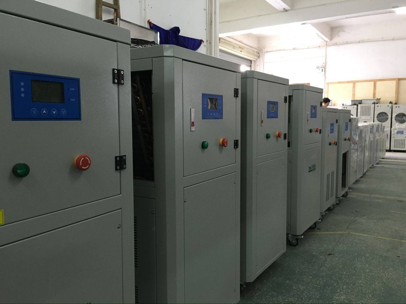 12.8KW  air cooled water chiller for rubber ( plastics ) mixer and PVC calender machines