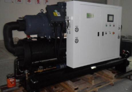 457000 Btu/h Open Type Water Chiller with R410a low temperature -15C/-20C for juicy process industry
