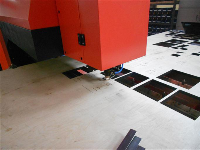 laser cutting plywood