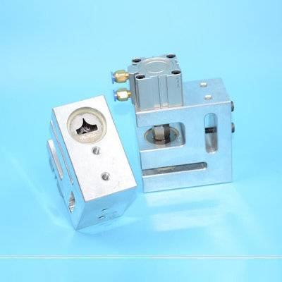 R15 pneumatic rounded corner hole puncher for food packaging bag