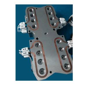 Hot runner system manifold plate 16 cavities with balance design,smooth runner