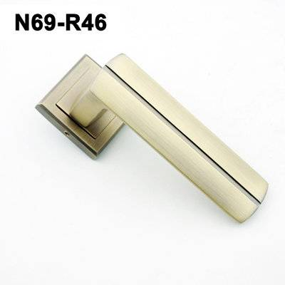 Exteriordoorhandle/Handle Lock/Klamki na krotkim szyldzie/Ukraine door handle/замков N69-R46