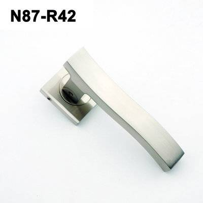 Exteriordoorhandle/Handle Lock/Klamki na krotkim szyldzie/Ukraine door handle/ N87-R42