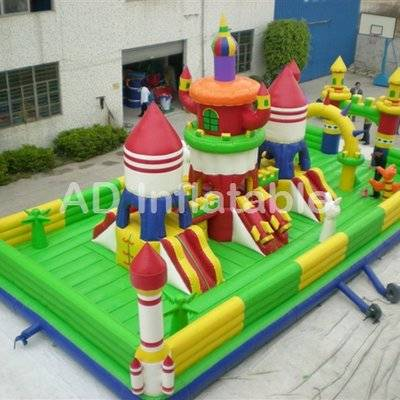 Custom giant Bounce Slide Combos for sale,best China water jumping houses for sale