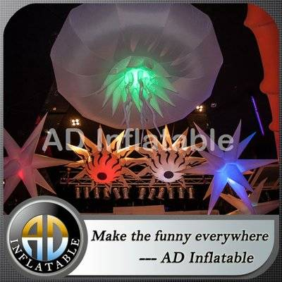 Inflatable Illuminant Star with remote controlled LED light bulb for advertising display