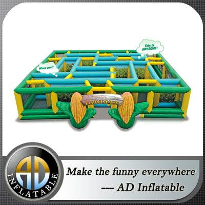 Square Interactive Inflatable Labyrinth maze, Inflatable corn Maze Game For Chilren