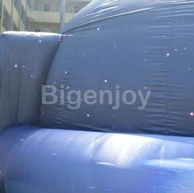 Indoor black inflatable planetarium dome for projection