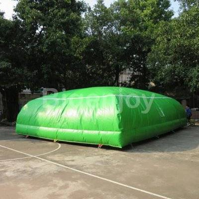 Inflatable stunt big air bag for adventure