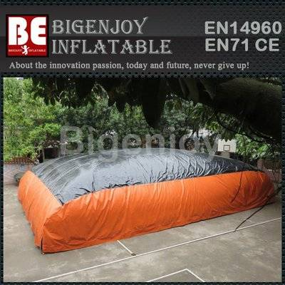 Free falling inflatable air bag for adults
