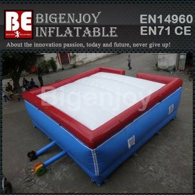 Inflatable big air pillow for jumping
