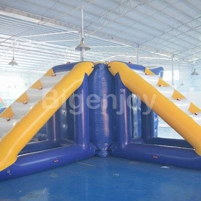 Inflatable Floating Water Tower With Durable Anchor Ring