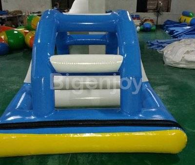 Water bridge inflatable island float