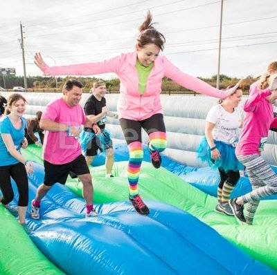 Inflatable Fun Run Wave obstacle course