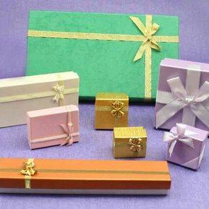 Gift & Flower Wrapping